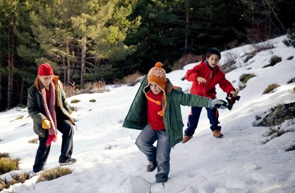 Nens jugant a la neu - Juan Carlos Ordóñez - Flickr - CC BY-NC-ND 2.0