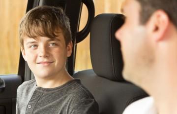 Adolescente hablando con su padre - Imagen de Barry Lenard en Flickr CC BY NC 2.0