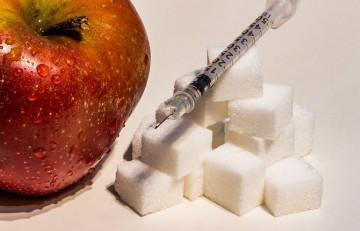 la insulina antes de las comidas y la rigidez arterial