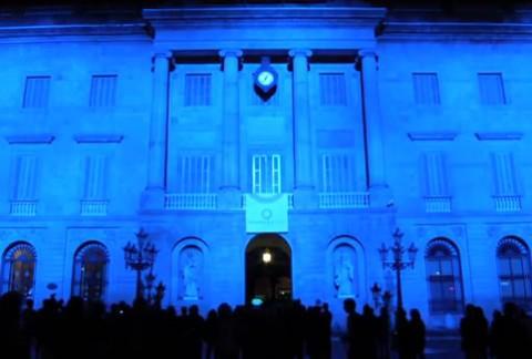 Ayuntamiento de Barcelona de color azul.