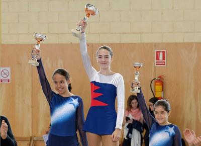Júlia, campiona de patinatge artístic a Dosrius (2014)