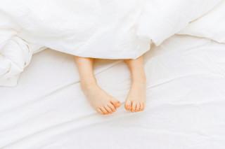 Cuidar los pies desde niños: cómo crear el hábito